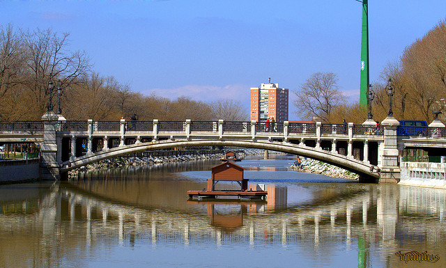 Puente de la Reina Victoria, de M. Martín Vicente